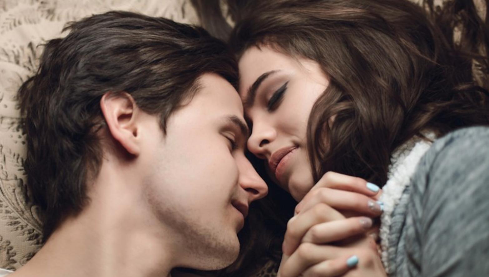 Neki doktori će reći da je skroz ok nastaviti sa seksualni odnosima, dok će neki biti protiv toga. Najbolje je da se posavetujuete sa svojim ginekologom.