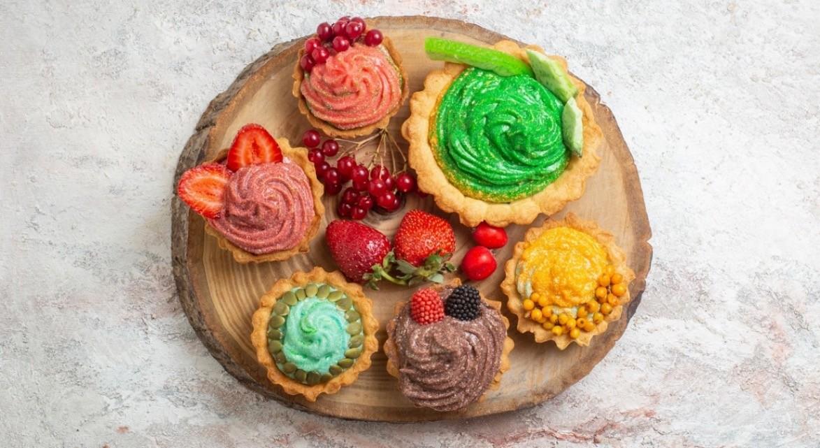 Puno šarenih slatkiša za pravu prazničnu atmosferu!